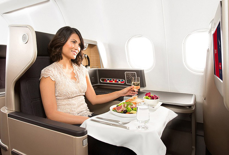 Qantas A330 business suite