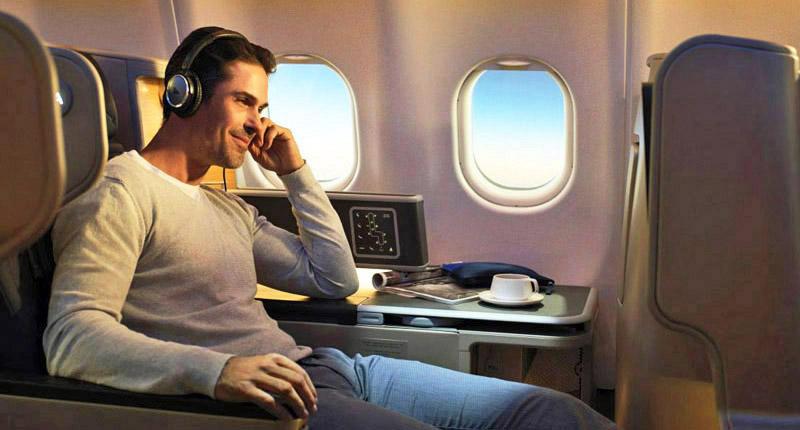 Get 100000 qantas points with the amex qantas business rewards card qf business web colourmoves
